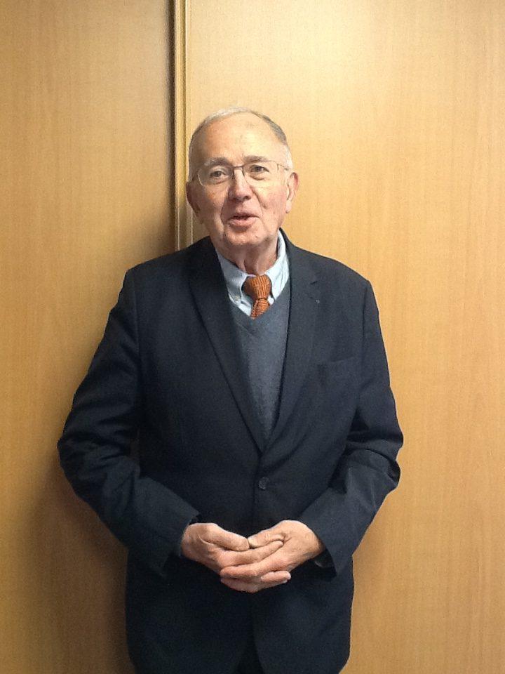 Dr. Emmanuel Vasseur
